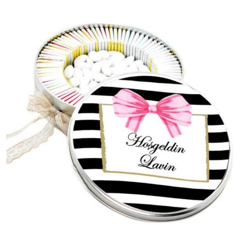Metalen Box Cadeau Baby Naam 72 Chocolaatjes